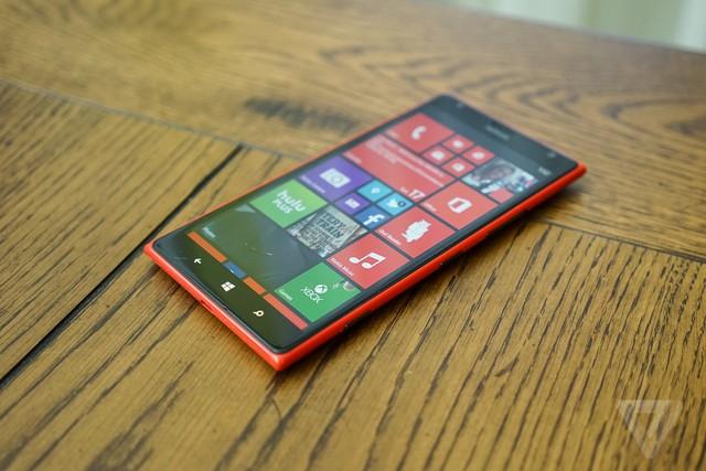 1-lumia1520-1020-12-1400950591961.jpg