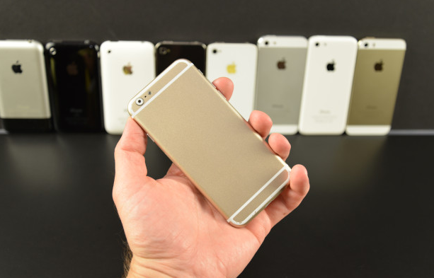 1-apple-iphone-6-mockup-compared-to-other-iphone-models-and-other-phones-1401610186204.jpg