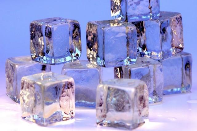1-ice-cubes-openphoto-1401774787810.jpg