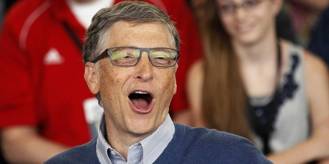 1-michael-larson-co-may-in-tien-bi-mat-cua-ty-phu-bill-gates-1411275954653.jpg