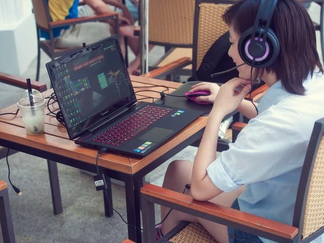 danh-gia-laptop-choi-game-lenovo-y50.jpg