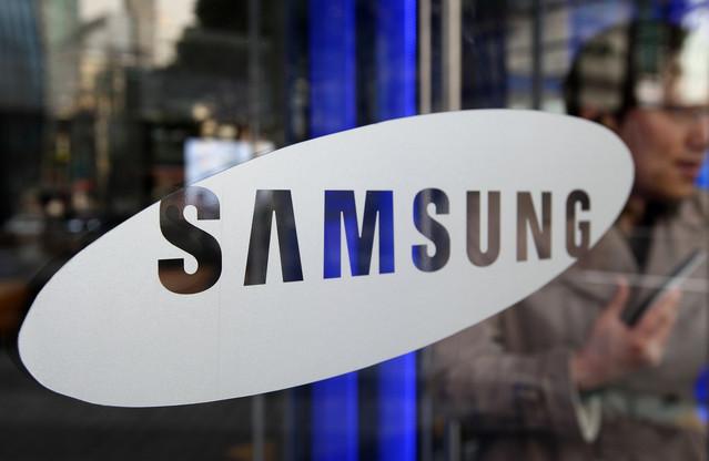 smartphone-facebook-thu-2-se-do-samsung-san-xuat.jpg